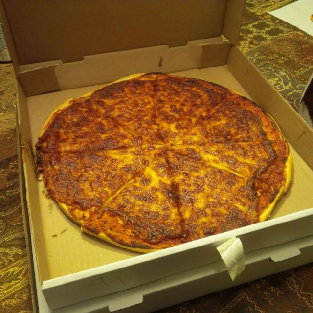 Bill's Pizza, Tillsonburg, Cheese Pizza